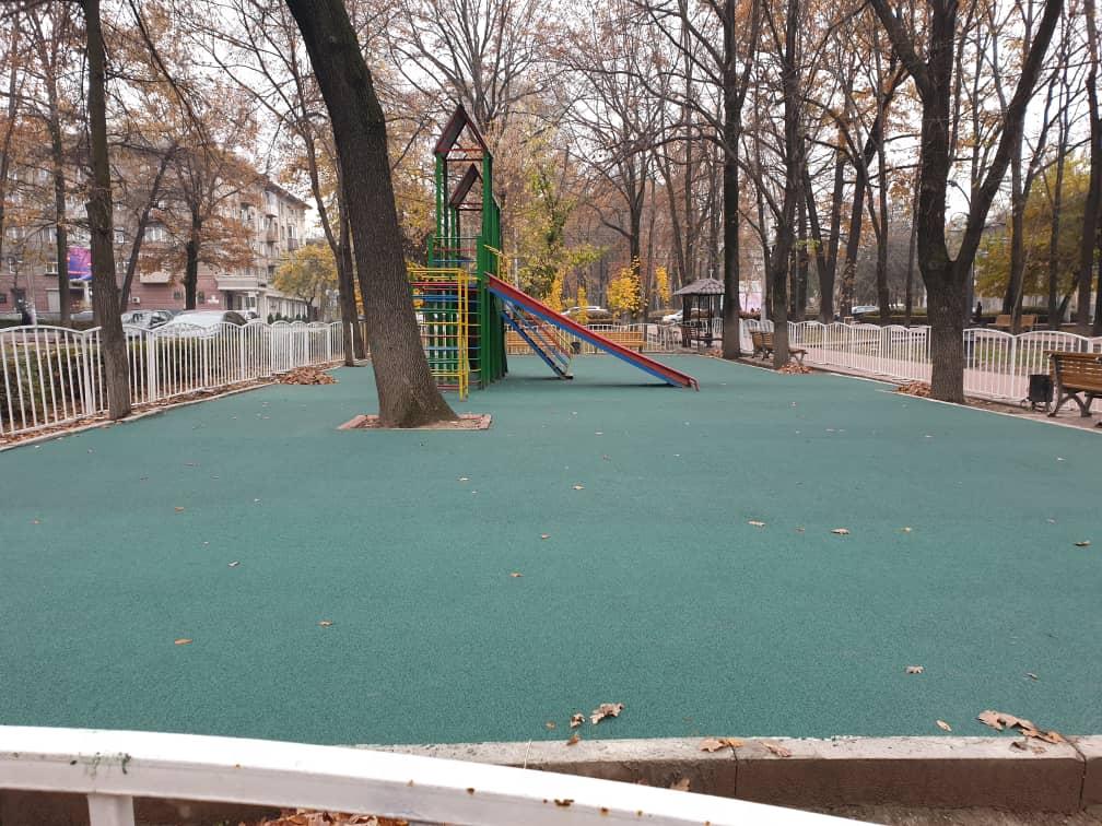 Детская площадка на бульваре Эркиндик 2 - 3