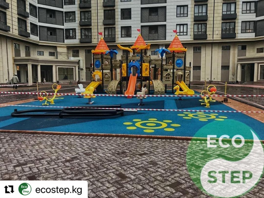 Детская площадка в ЖК Империал - 1